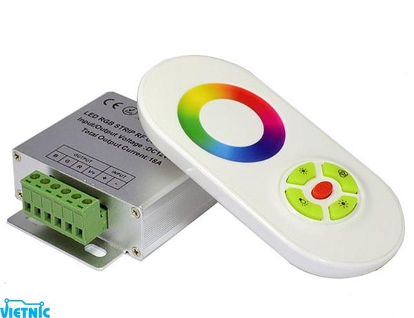 Mạch điều khiển LED RGB