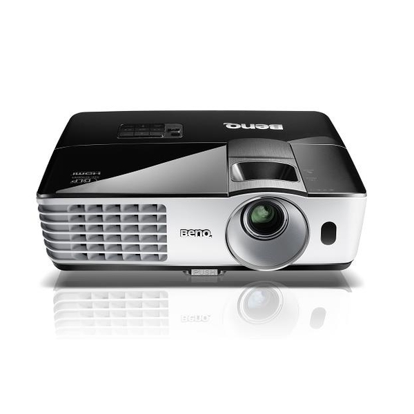 may-chieu-benq-mh680-full-hd