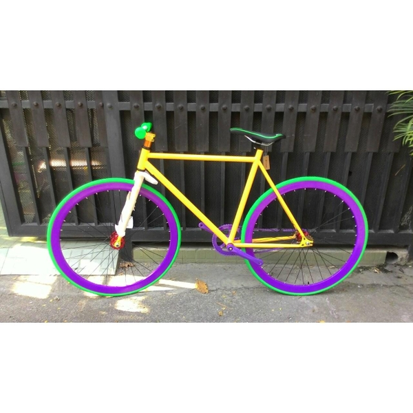 xe-dap-fixed-gear-vang-tim