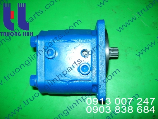 Hydraulic gear pump for Hitachi KH180-3