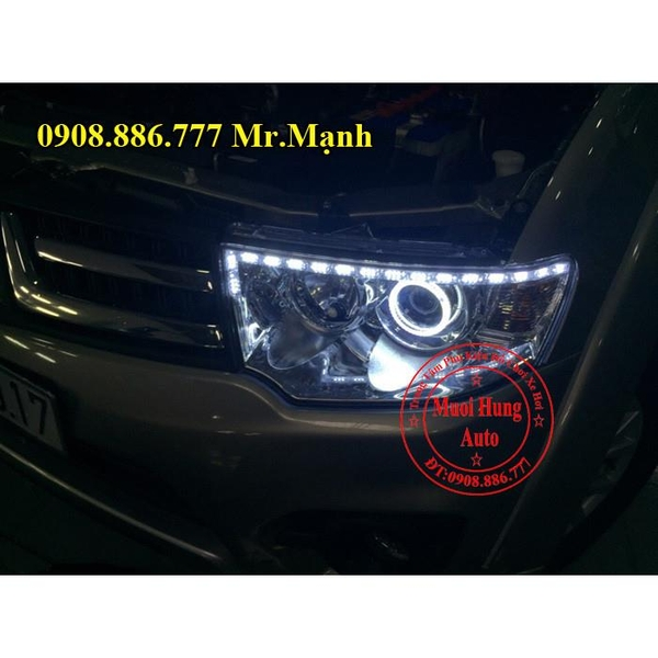 do-den-led-angel-eyes-xe-pajero-sport