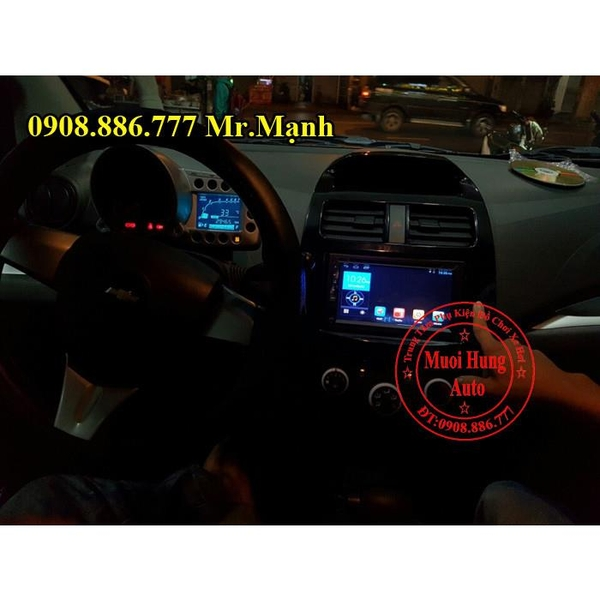 man-hinh-dvd-android-cho-xe-chevrolet-spark