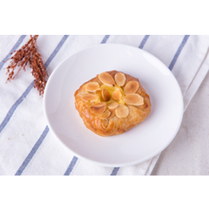 Almond Danish Round ( 5 ps/pack)