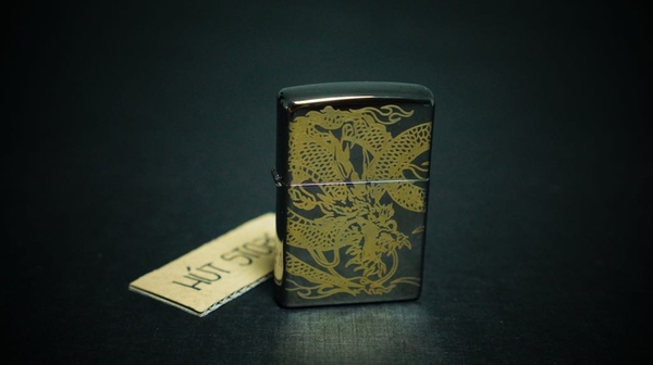 bat-lua-zippo-black-ice-rong-cuon-chan-may