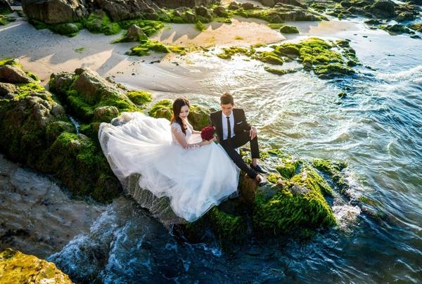 Chụp ảnh cưới bàu sen
