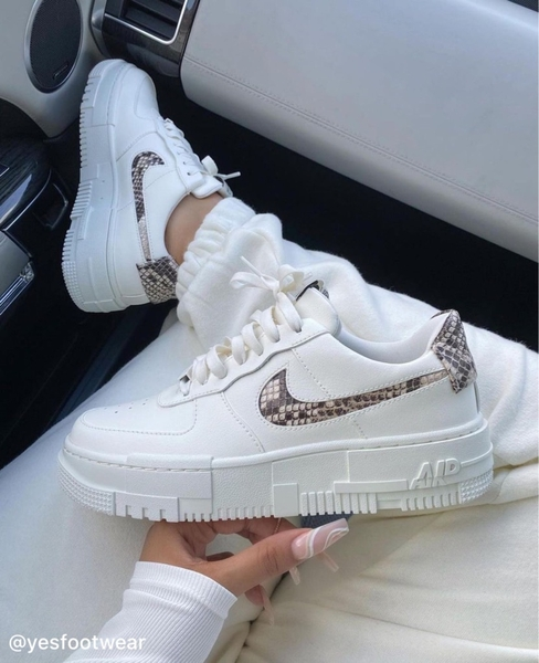 hang-chinh-hang-nike-air-force-1-pixel-snake-cv8481101