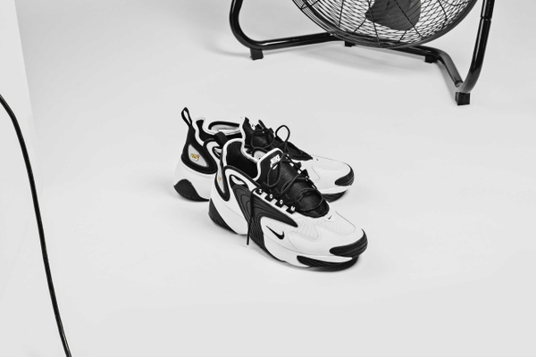 hang-chinh-hang-nike-zoom2k-black-white