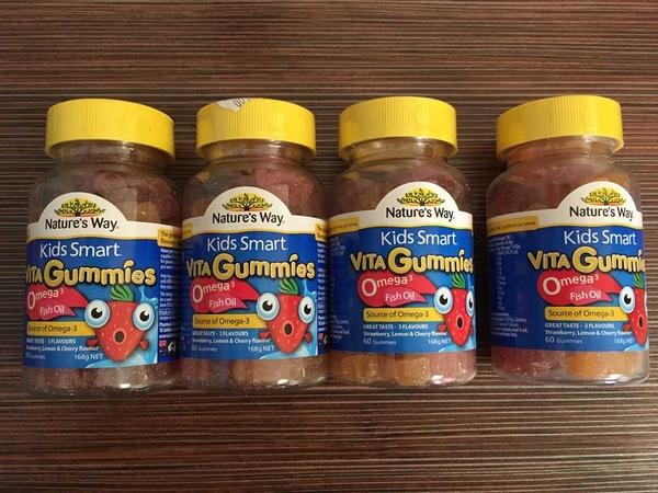 Kẹo Gummy Bổ sung Dầu Cá và Vitamin các loại