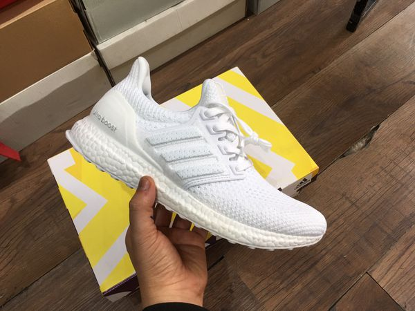 Giày Ultraboost Clima All White