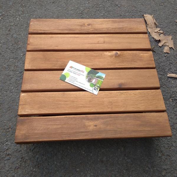 Kễ gỗ để chậu cây di động