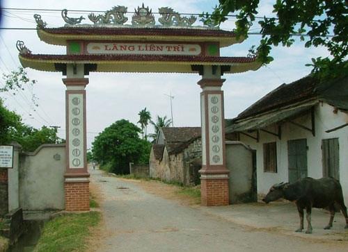 ý nghĩa mẫu câu đối tại các cổng làng quê việt nam, một số mẫu chữ hay Đồ thờ Hà Nội - vuidulich.vn