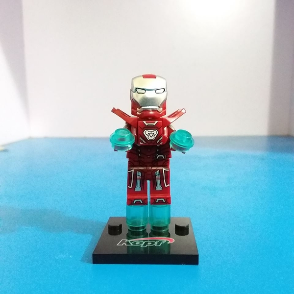 Mini Iron Man KF510