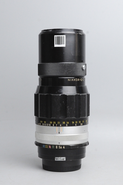nikon-200mm-f4-0-nikkor-q-c-mf-200-4-0-17911