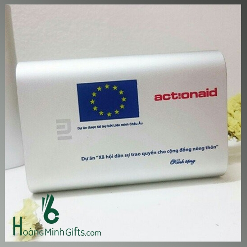 pin-sac-du-phong-xiaomi-10000-mah-kh-action-aid-vietnam