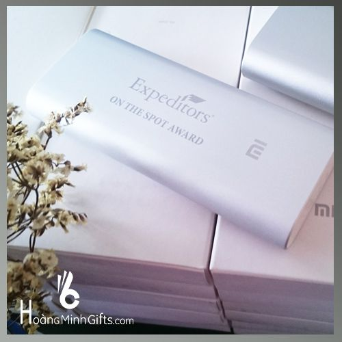 pin-sac-du-phong-xiaomi-16-000mah-kh-expeditors