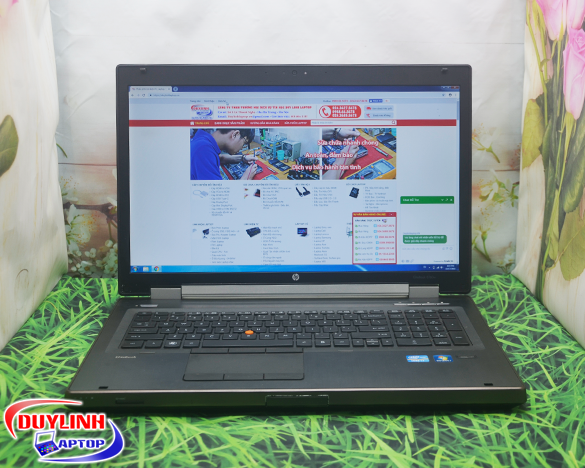 Laptop cũ HP Elitebook 8760W Core i7-2720QM | card rời 2GB | 17.3 inch