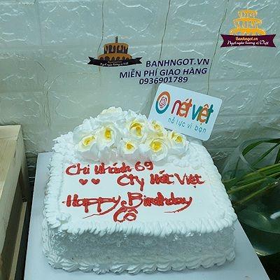 bánh sinh nhật khách hàng