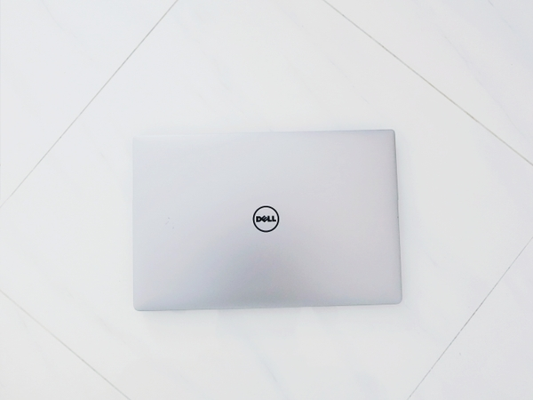 dell-xps-15-9550-i5-6300hq-ram-8gb-ssd-256-nvidia-gtx-960m-man-hinh-4k-may-xuat-
