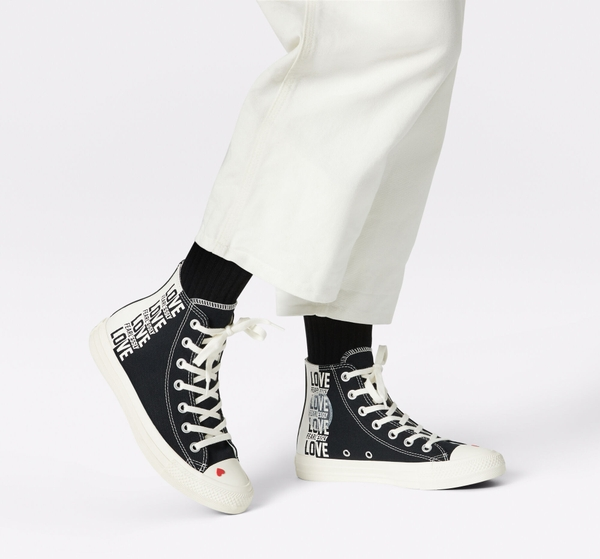 Giày Converse Chuck Taylor All Star Love Fearlessly - 567309C