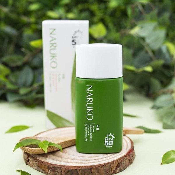 Kem chống nắng trị mụn tràm trà Naruko SPF 50 Naruko Tea Tree Anti-Acne Sunscreen SPF50+++