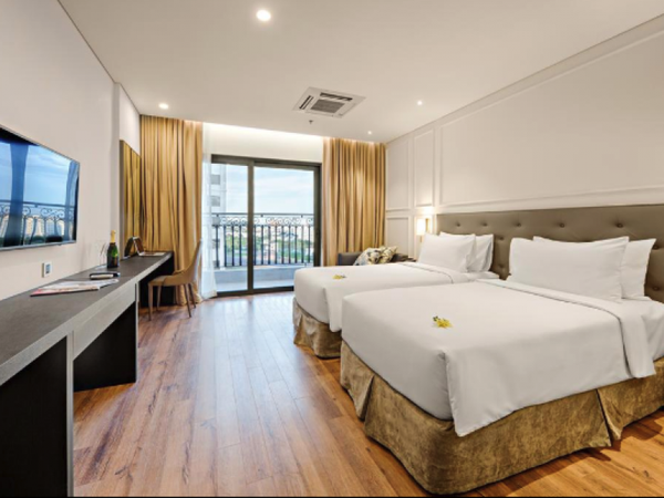 VOUCHER GOLDEN BAY 5* ĐÀ NẴNG 2N1Đ