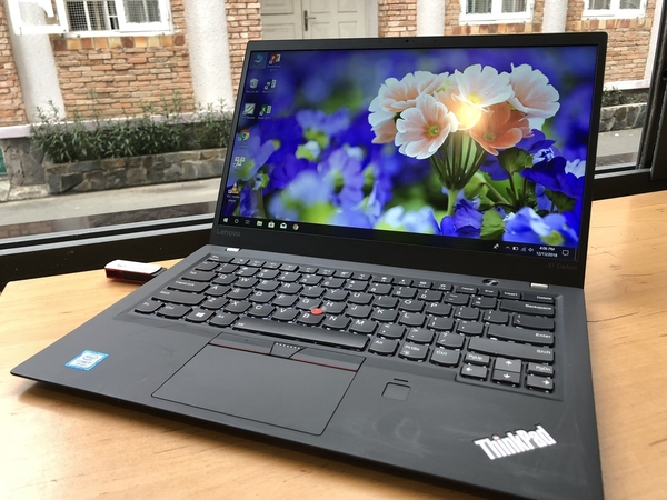 thinkpad-x1-carbon-gen-5-core-i7-ram-16gb-ssd-512-xach-tay-usa