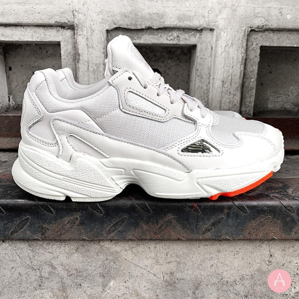 [B37845] W ADIDAS FALCON WHITE ORANGE
