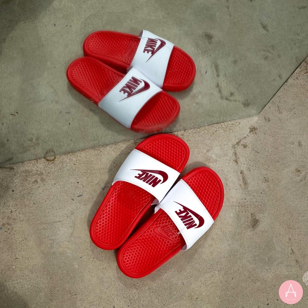 [343881-617] W NIKE BENASSI JDI WHITE NOBLE RED