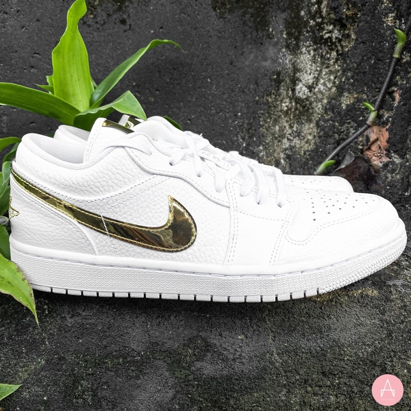 [CZ4776-100] W NIKE AIR JORDAN 1 LOW METALLIC GOLD WHITE/GOLD