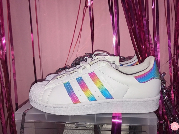 [AQ0798] K ADIDAS SUPERSTAR WHITE RAINBOW IRIDESCENT