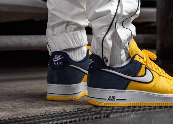 [AO2439-700] M NIKE AIR FORCE 1