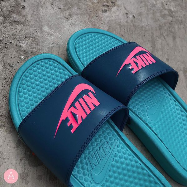 [343880-304] M NIKE BENASSI JDI SENSET BLUE RED