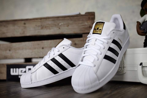 [C77154] K ADIDAS SUPERSTAR GOLD LABEL