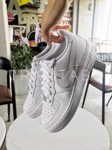 [315115-112] W NIKE AIR FORCE 1 LOW ALL WHITE