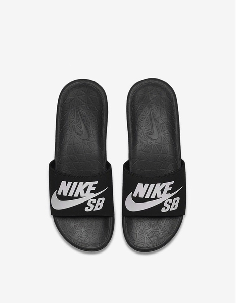 [840067-001] M NIKE BENASSI SOLARSOFT SB ALL BLACK