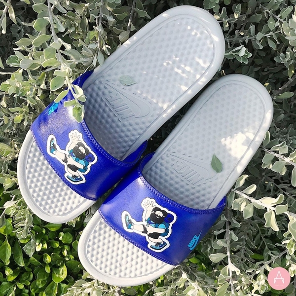 [631261-038] M NIKE BENASSI JDI PRINT 'LIGHT BONE/BLUE FURY'