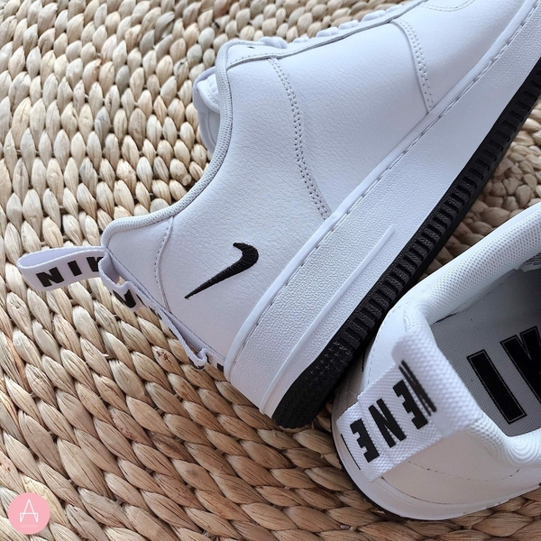 [CQ4611-100] M NIKE AIR FORCE 1 UL UTILITY WHITE BLACK