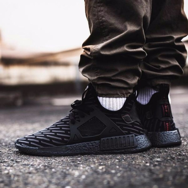 [BA7214] M ADIDAS NMD XR1 '' TRIPLE BLACK ''