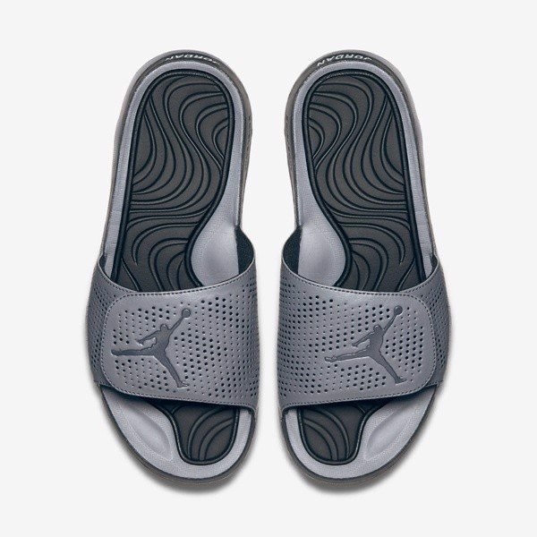 [820257-003] M NIKE JORDAN HYDRO 5 METALLIC COOL GREY
