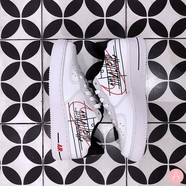 [CK9707-100] K NIKE AIR FORCE 1 LOW SCRIPT SWOOSH