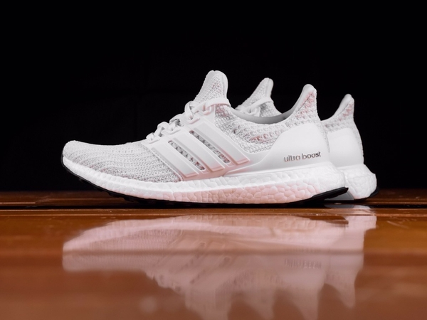 [BB6308] W ADIDAS ULTRABOOST 4.0 ALL WHITE