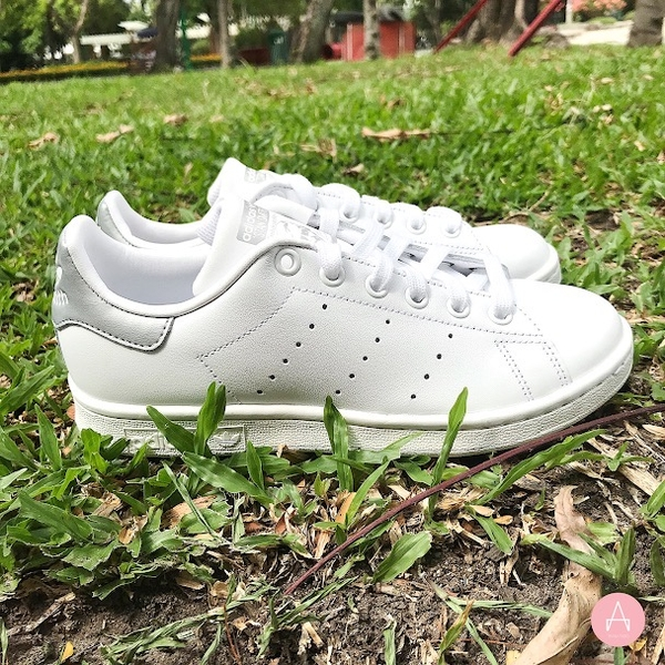 [AQ2345] W ADIDAS STAN SMITH SILVER