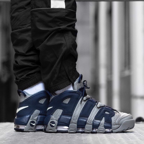 [921948-003] M NIKE AIR UPTEMPO NAVY COOL GREY