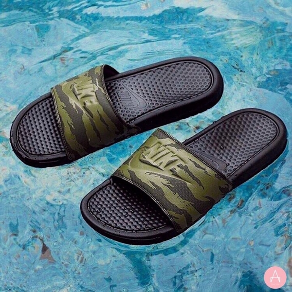 [AQ5060-300] M NIKE BENASSI JDI SEQUOIA MEDIUM OLIVE BLACK