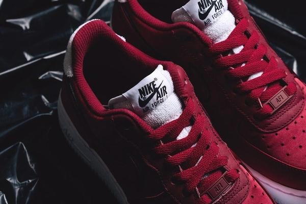 [AA0287-602] W NIKE AIR FORCE 1 RED CRUSH