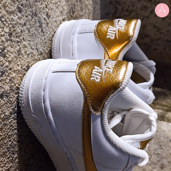 [AV5047-100] K NIKE AIR FORCE 1 EP WHITE BRONZE
