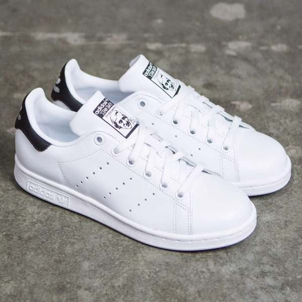 [BY8965] W ADIDAS STAN SMITH BLACK