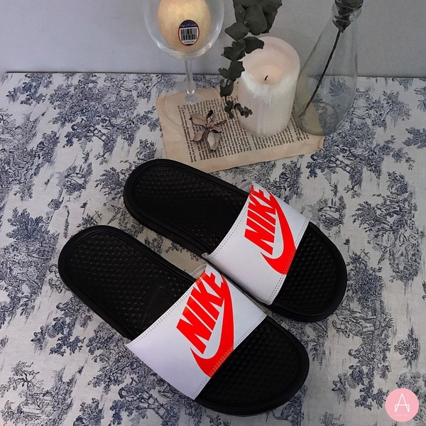 [631261-029] M NIKE BENASSI JDI PRINT RED WHITE BLACK