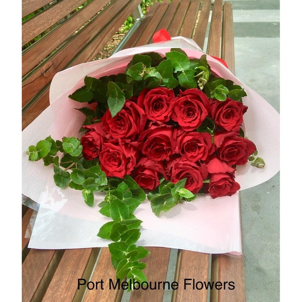 vd-12-red-rose-bouquet-67