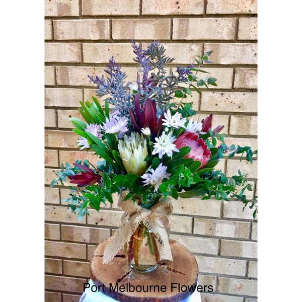 vase-arrangement-native